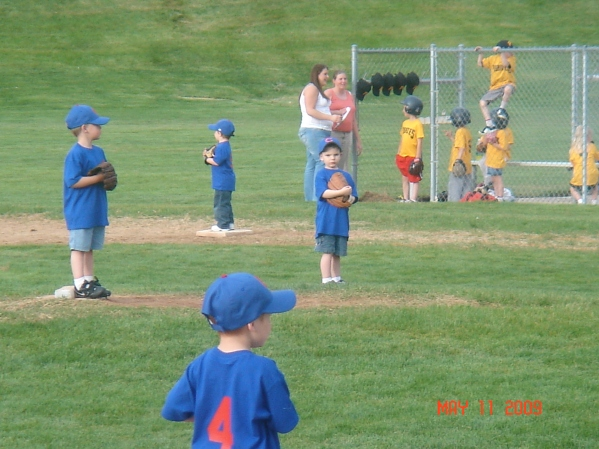 Stockton T ball 09